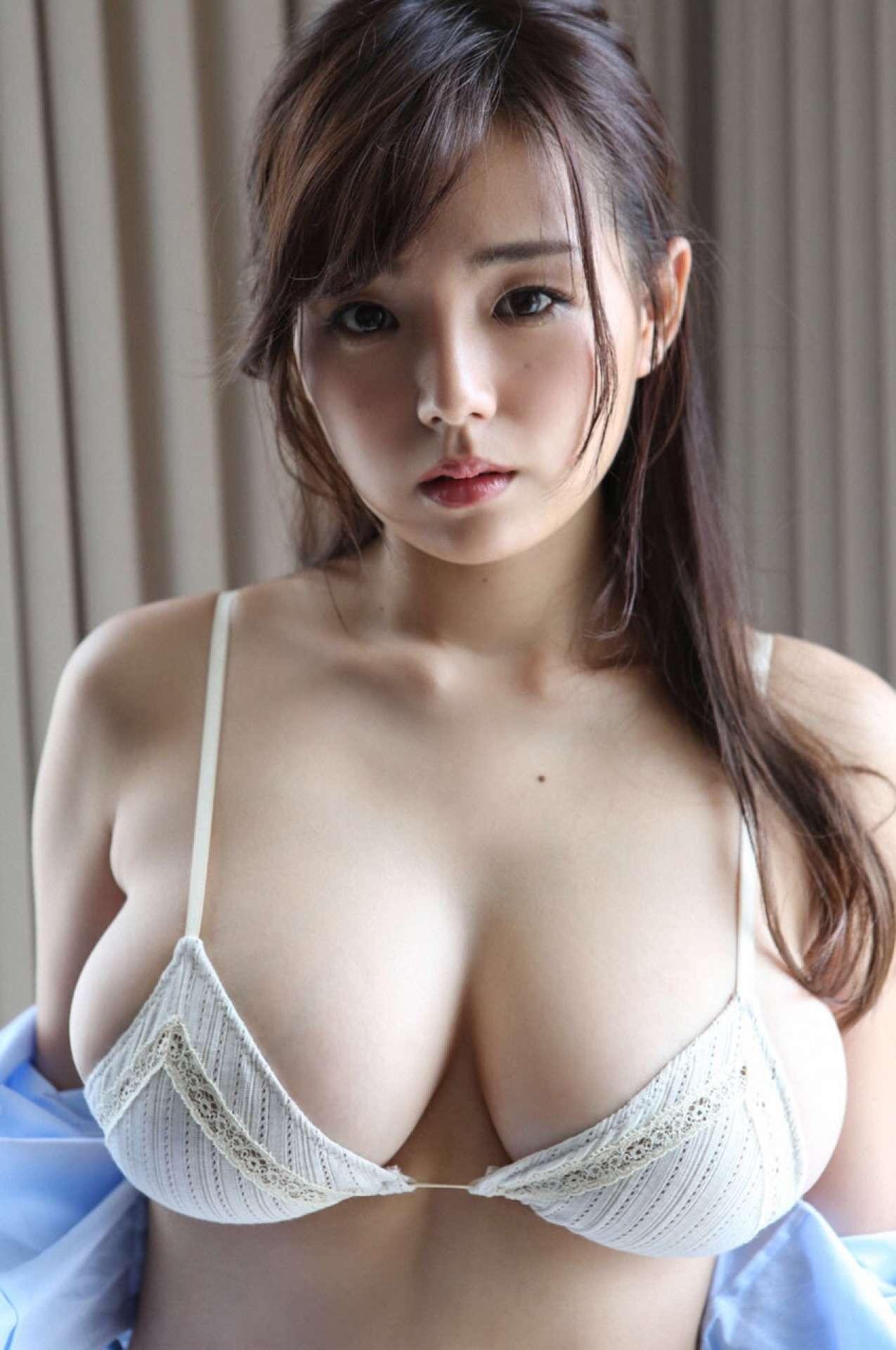 篠崎愛のアイコラ