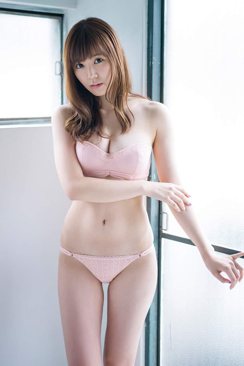 SKE48金子栞モロにマンスジやハミマンエロGIF画像