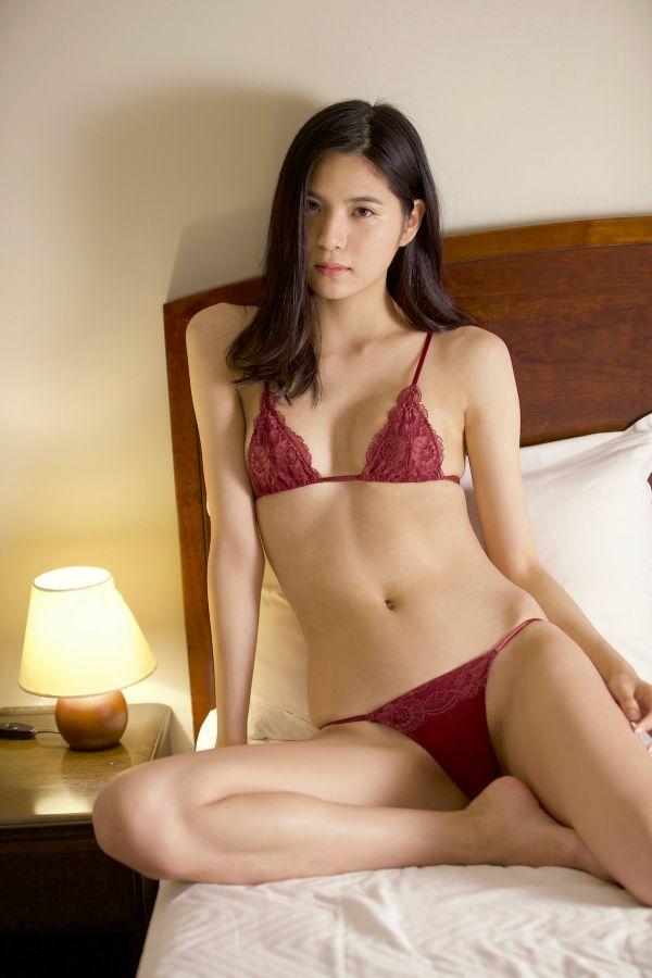 SKE48水埜帆乃香の無修正アイコラセックスエロ画像