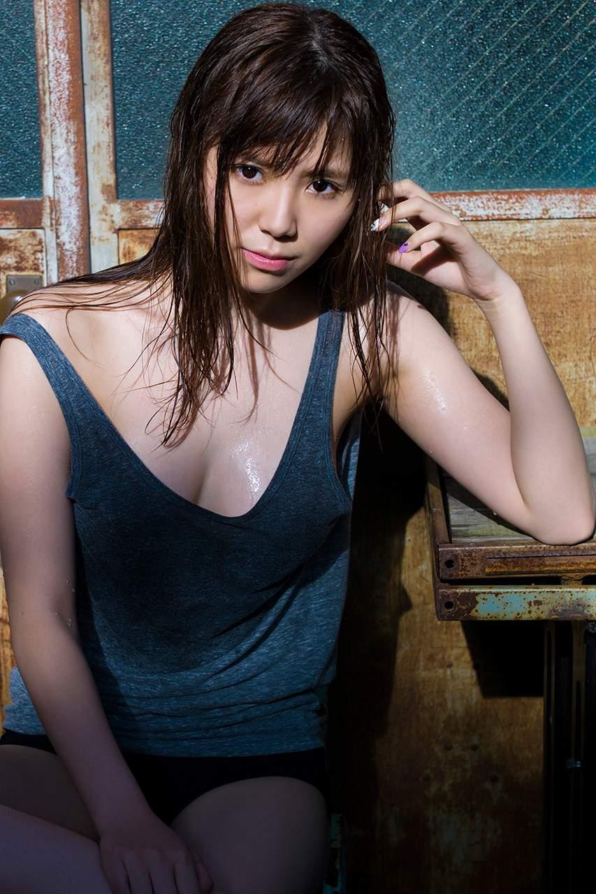 SKE48金子栞のおっぱい丸出しで全裸でエロ画像