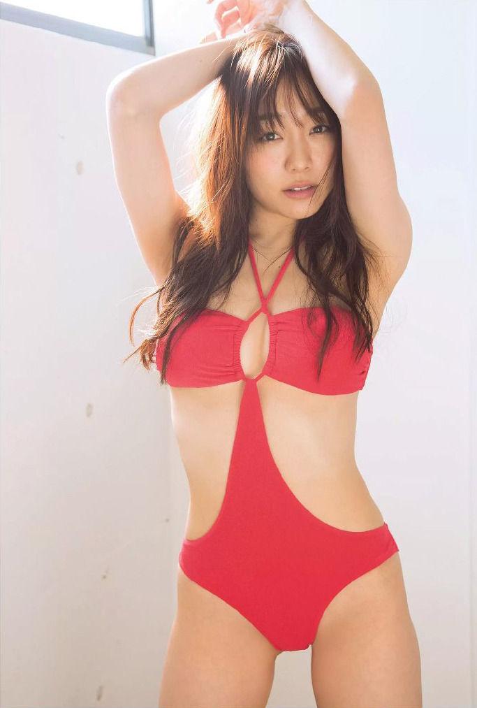 須田亜香里のヌード乳首エロ画像