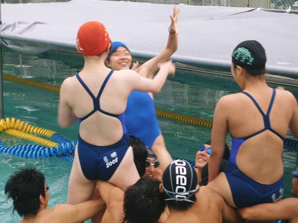 水泳競泳シンクロのエロおっぱい画像