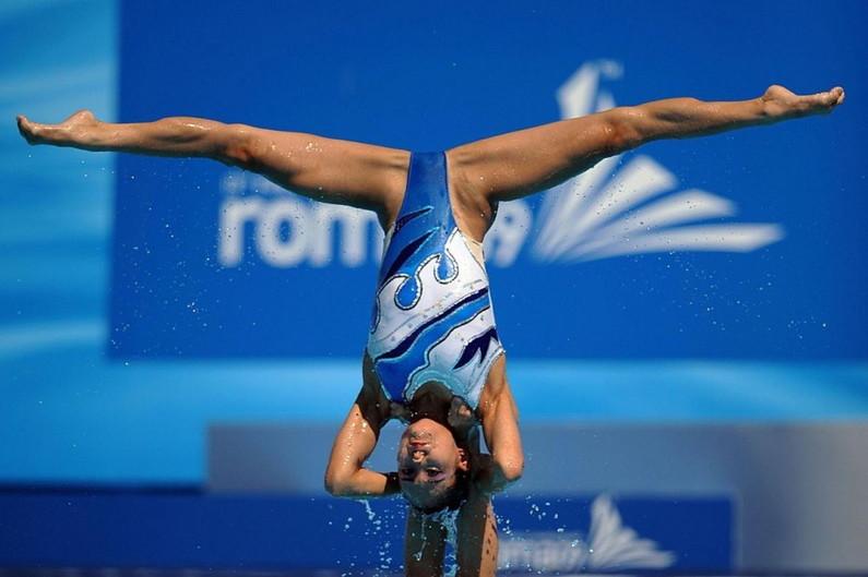 水泳競泳シンクロのアダルト水着エロ画像