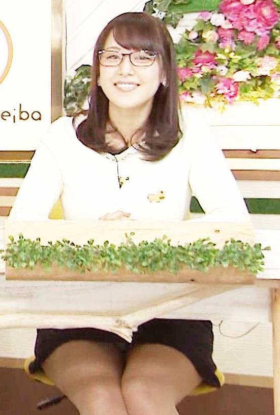 鷲見玲奈のお宝エロ画像