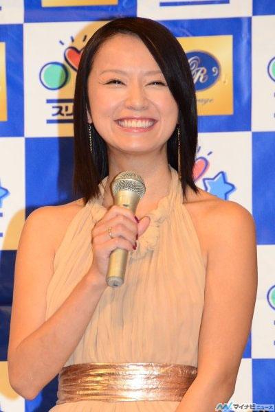鈴木亜美のパンチラエロ画像