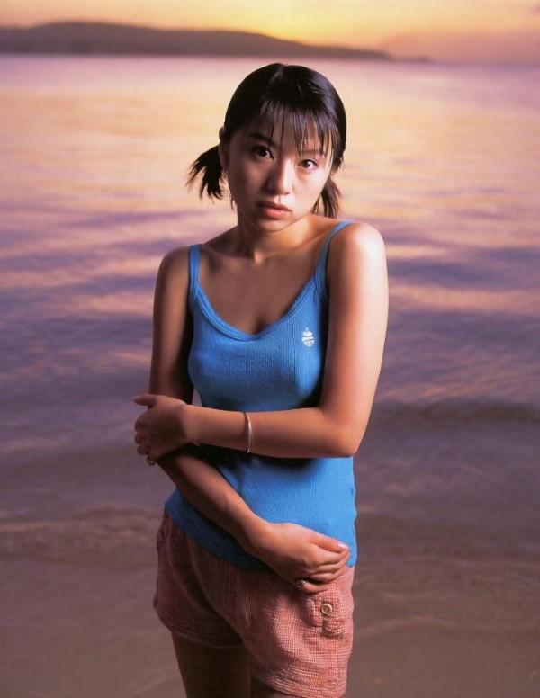 鈴木亜美のパンモロエロ画像