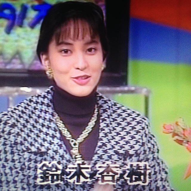 鈴木杏樹のパンツ丸出しエロ画像