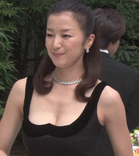 鈴木京香のお宝エロ画像