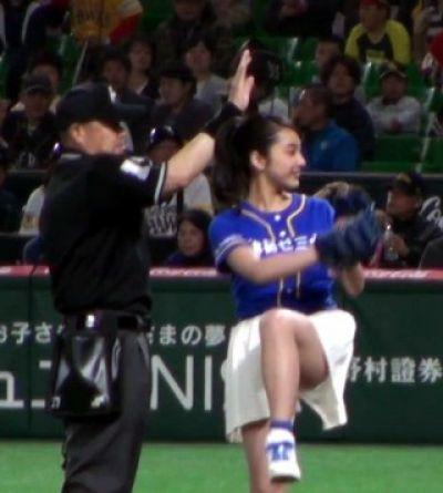 平祐奈の始球式