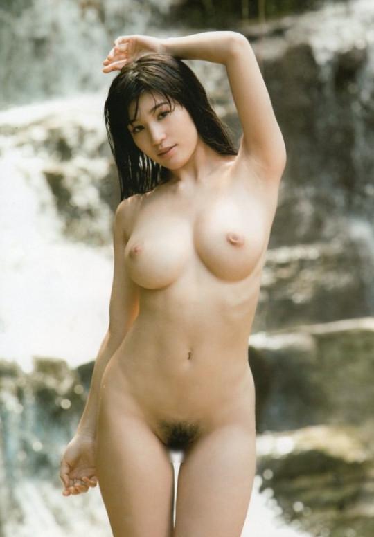 高橋しょう子(高崎聖子)のパンモロエロ画像