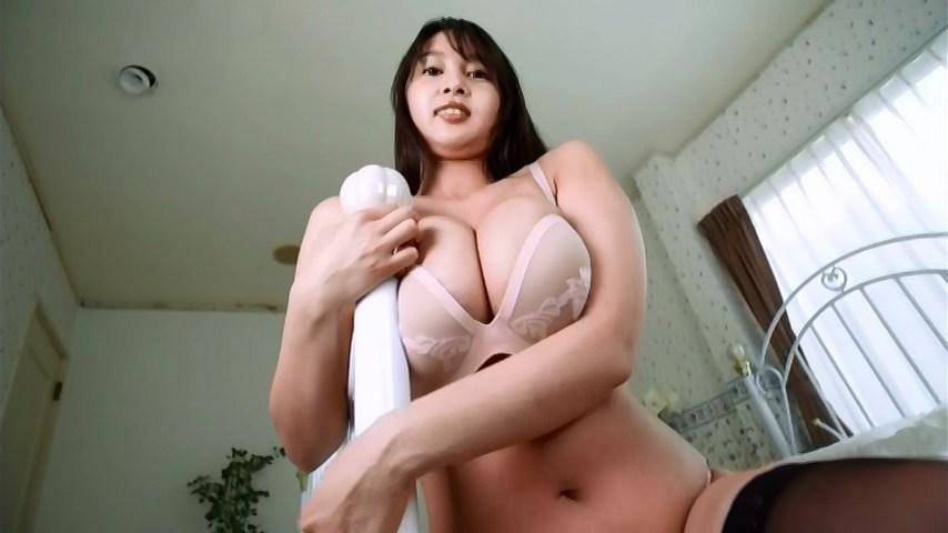 高梨れいのヌード乳首エロ画像