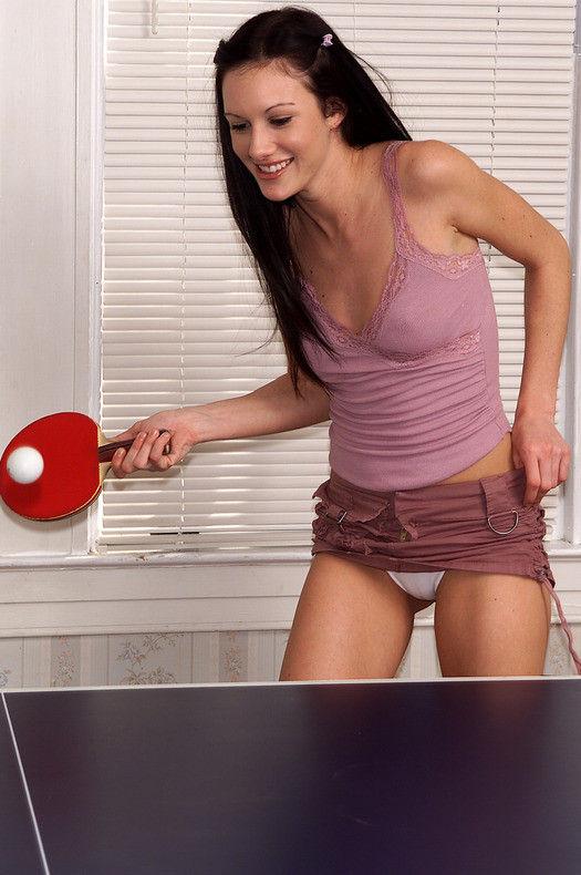 卓球のAVエロ画像