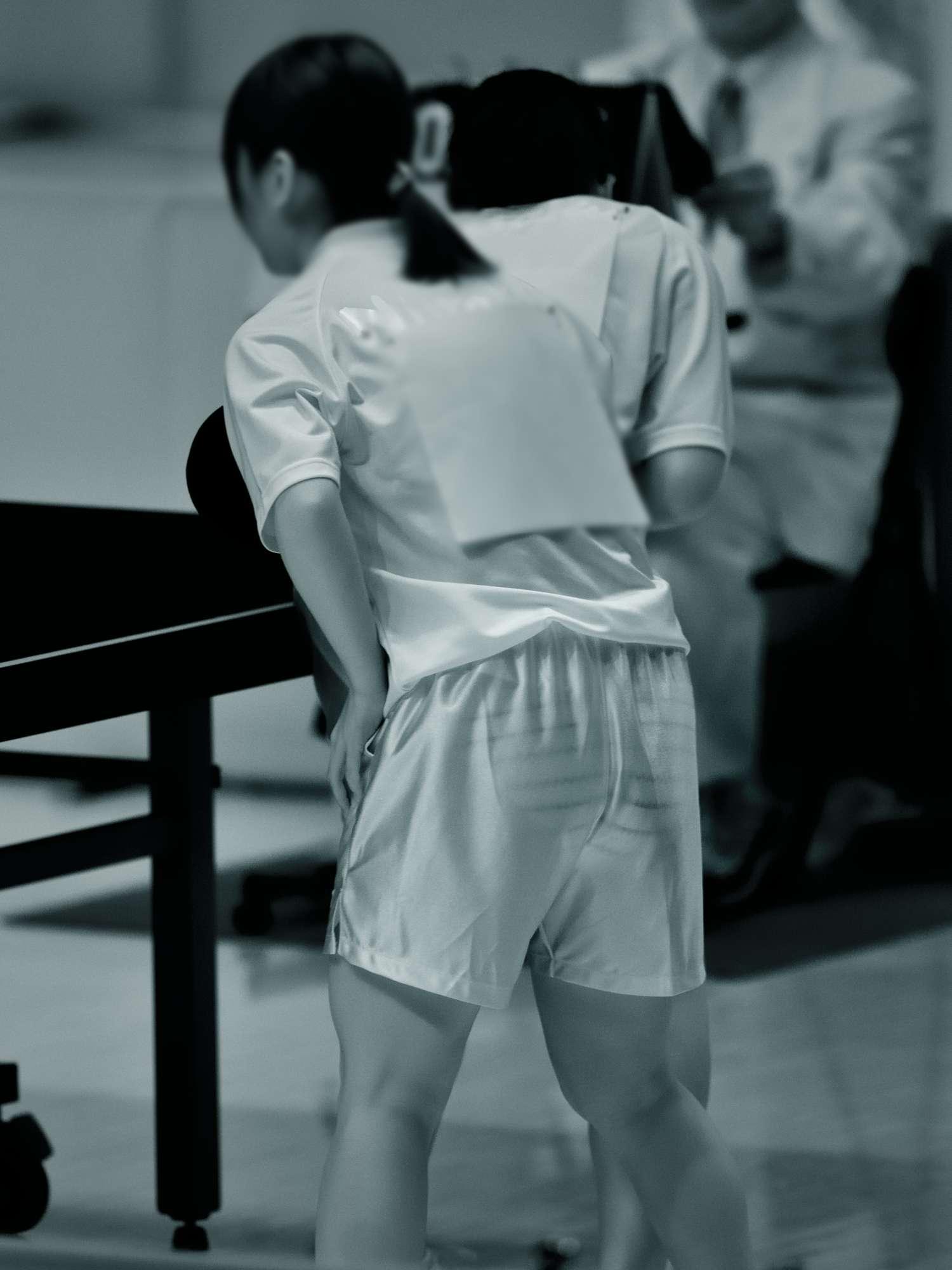 卓球モロにマンスジやハミマンエロGIF画像