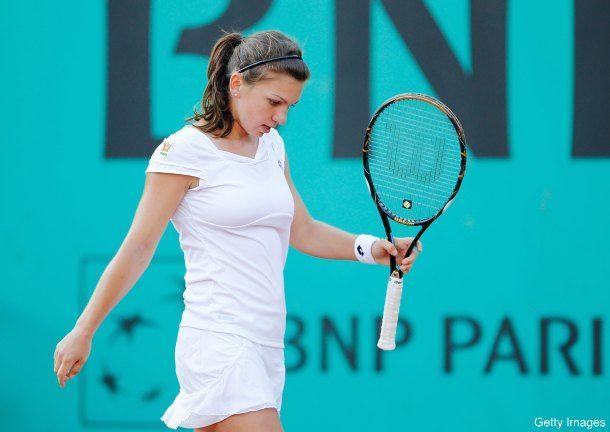 シモーナ・ハレプのテニスの巨乳おっぱいエロ画像