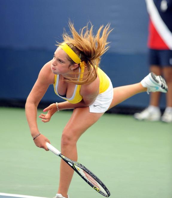 女子テニスのパンチラエロ画像をまとめ