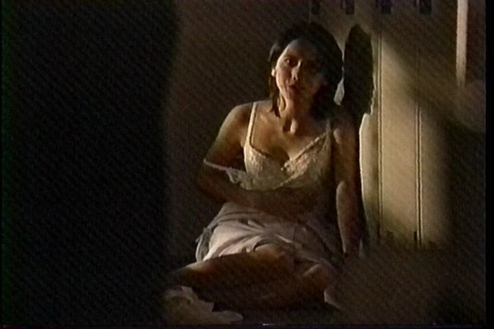 戸田菜穂のセックスの濡れ場画像