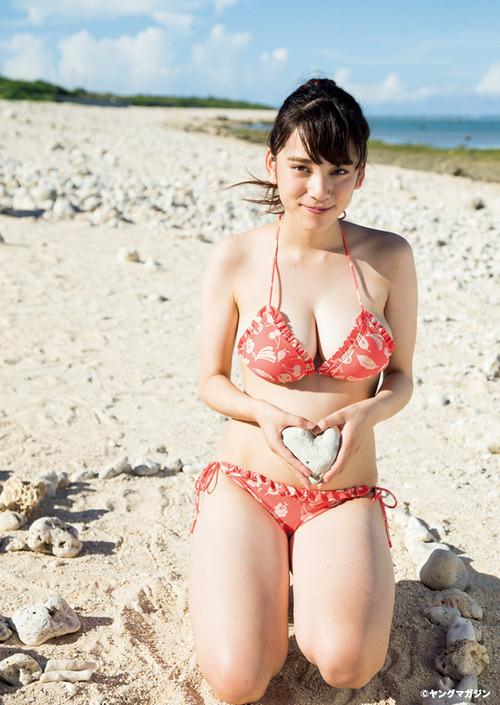 都丸紗也華のセクシー水着エロ画像が放送事故