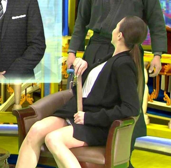 土屋アンナの乳首ポロリ画像