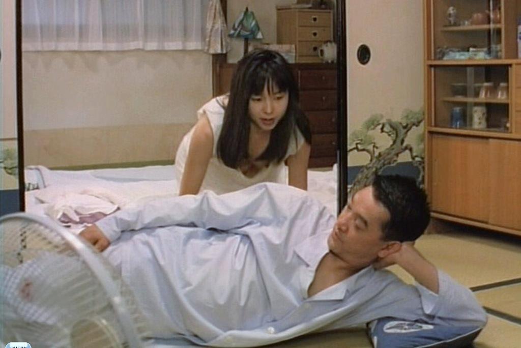 山口智子の乳首ポロリ画像