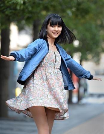芳根京子のパンチラエロ画像