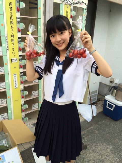 芳根京子のパンモロエロ画像