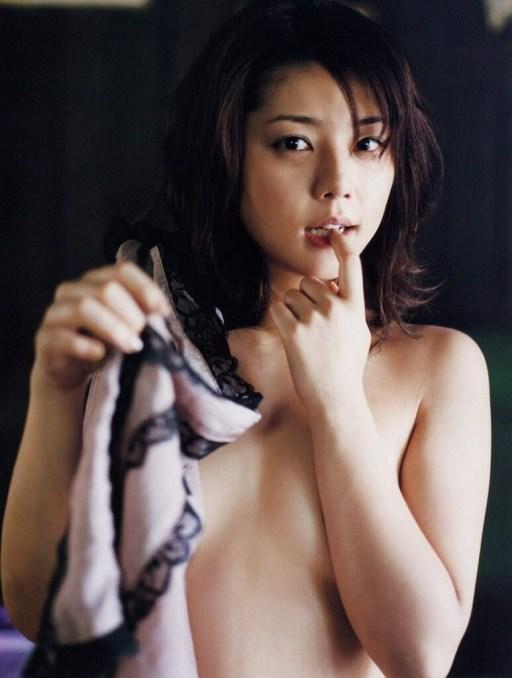 吉岡美穂のセックスの濡れ場画像
