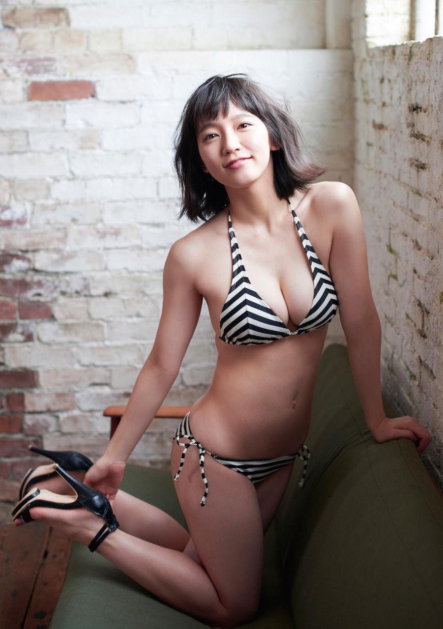 吉岡里帆のセックスエロ画像