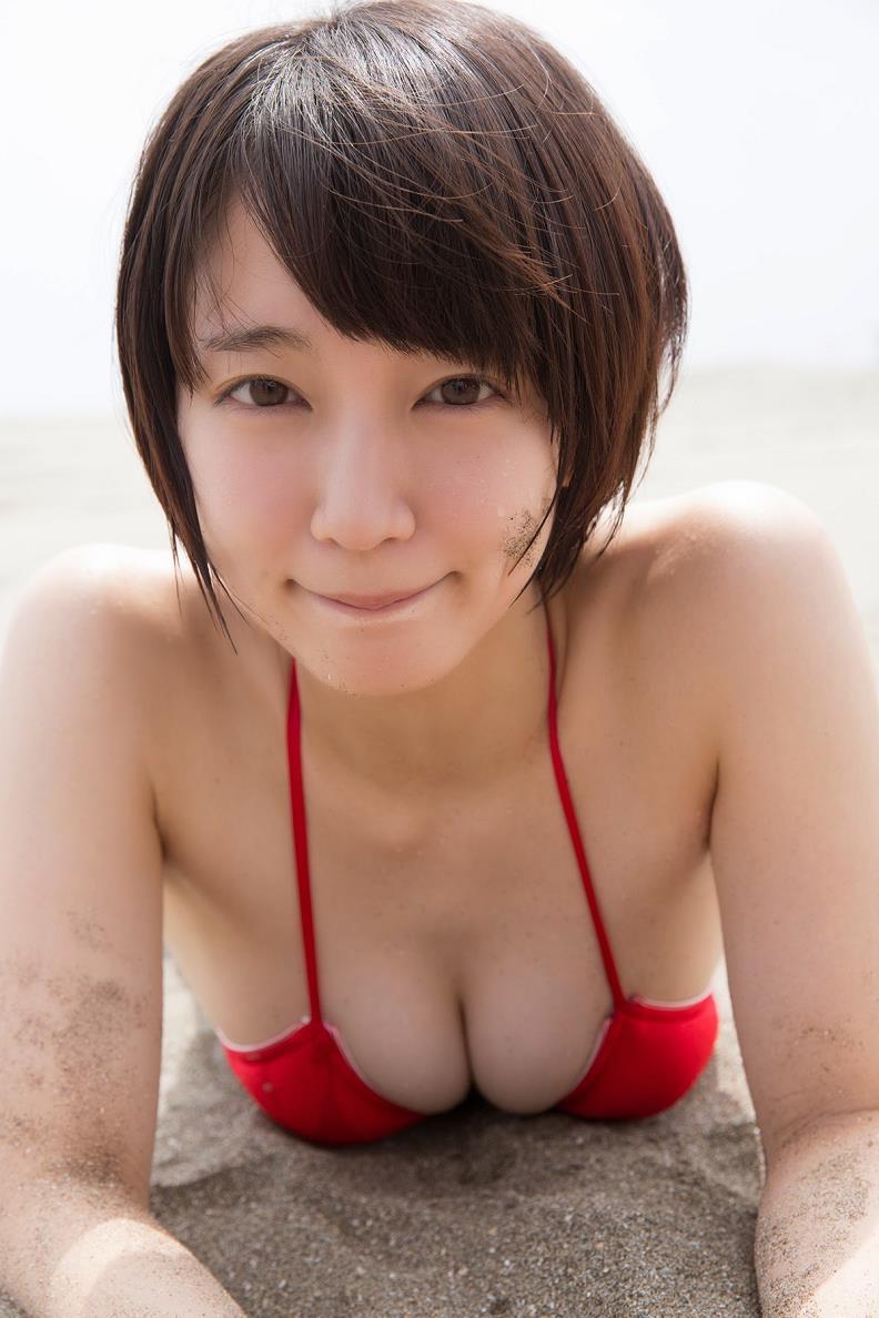 吉岡里帆モロにマンスジやハミマンエロGIF画像