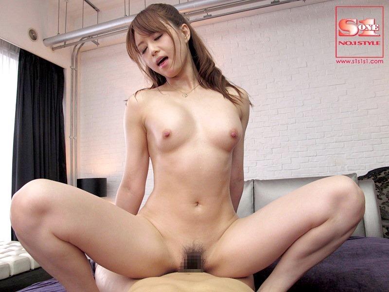 吉沢明歩のセックスエロ画像