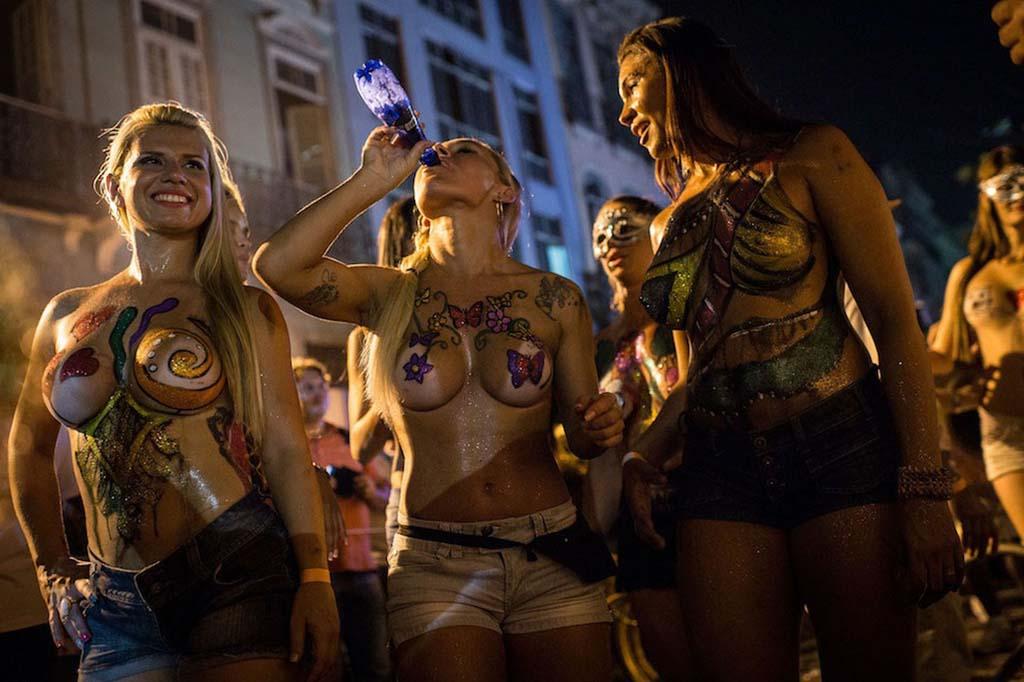 エッチなサンバカーニバルの画像