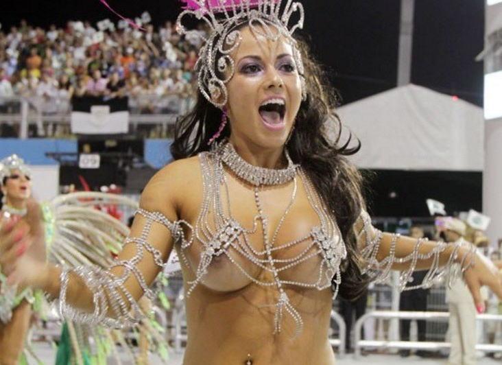 エロいサンバカーニバルのパンチラ画像